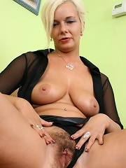 Bushy Blonde Babe Gets Her Beaver Boffed!